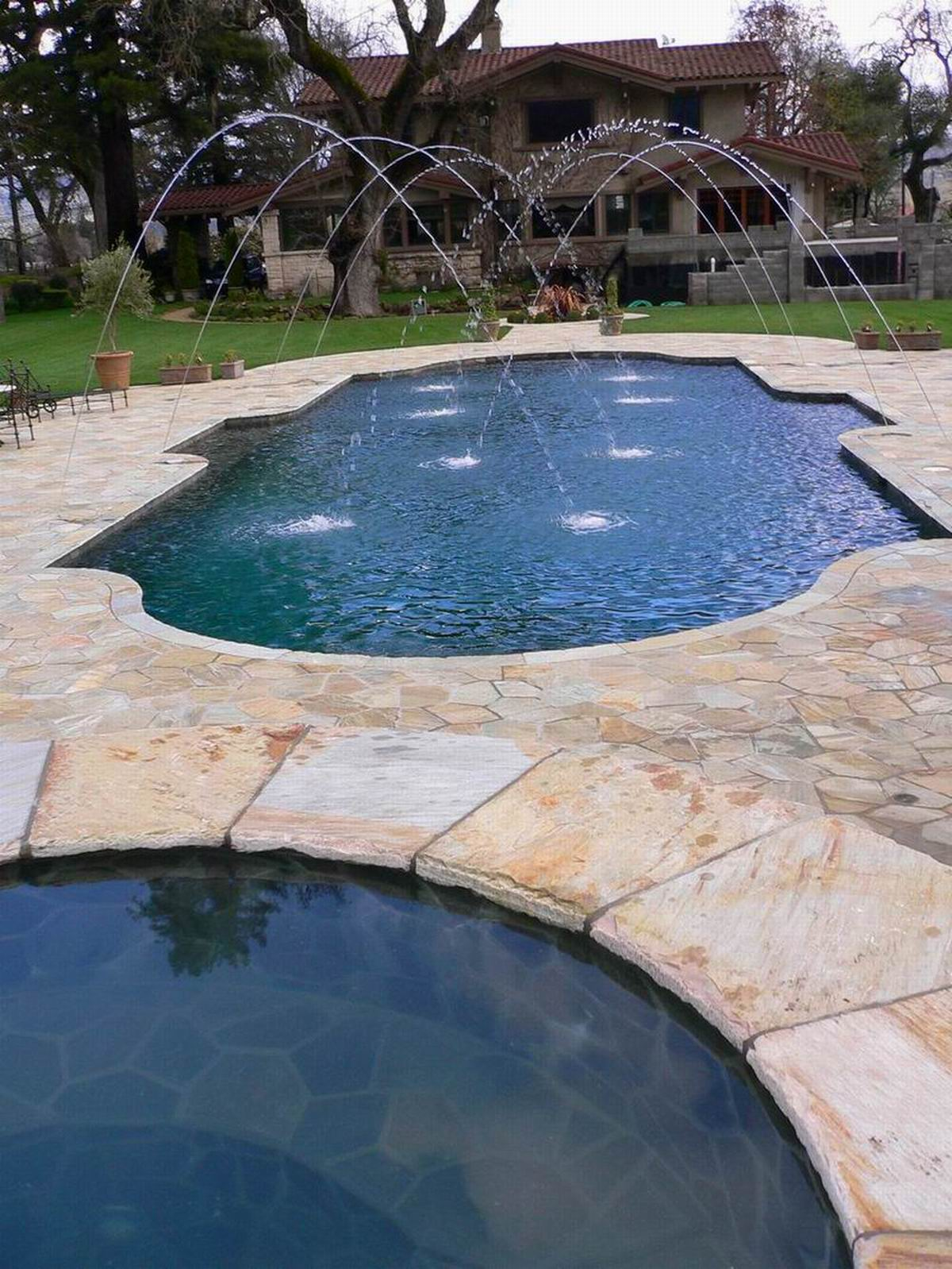 CS-14 Limestone Pool Coping