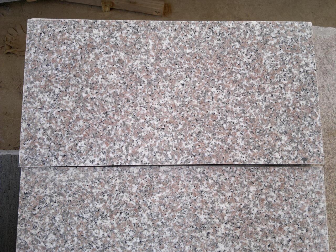 G635 N  pink granite