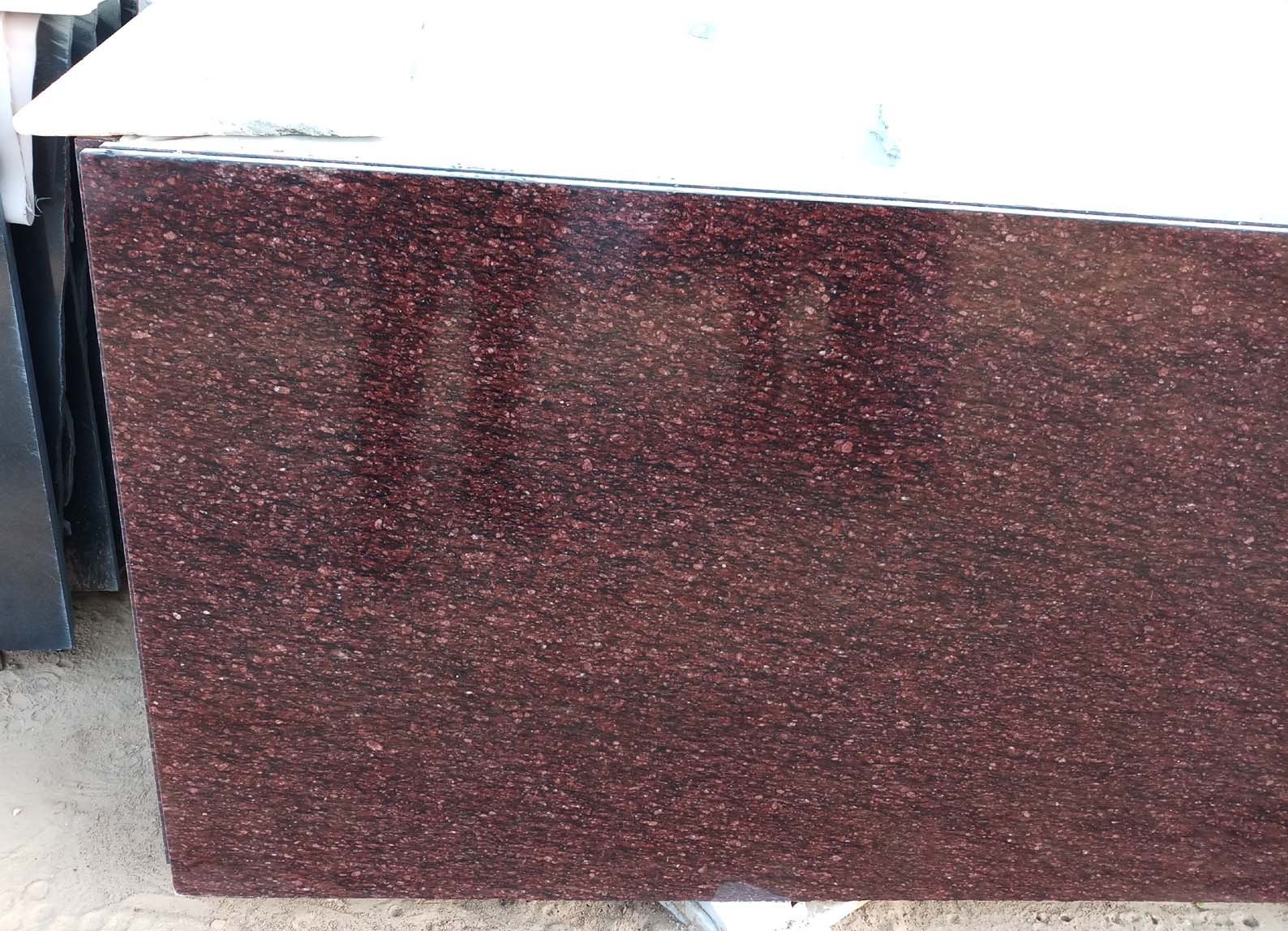 Indian Red Granite Polished Tiles