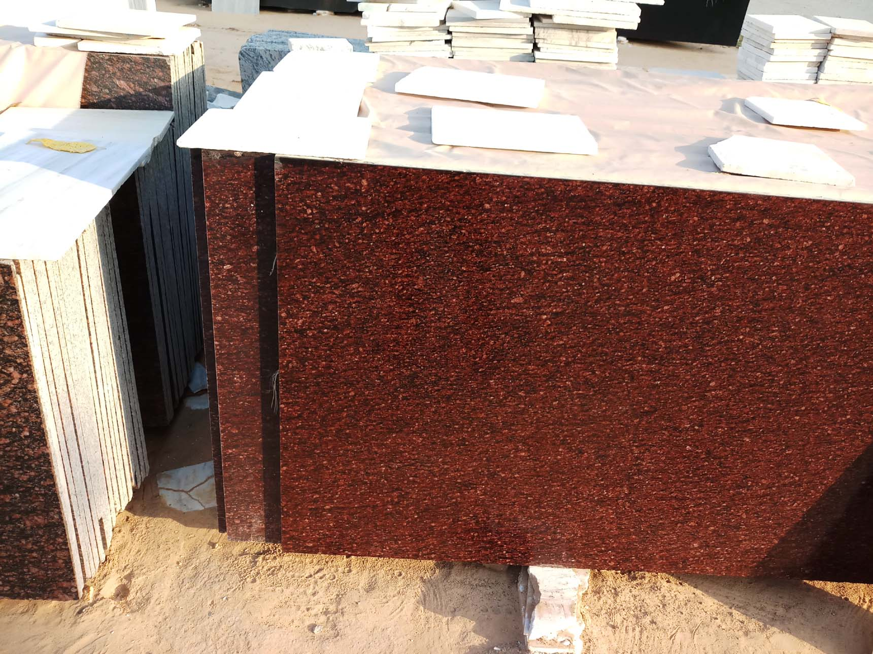 Indian Red Granite Tiles