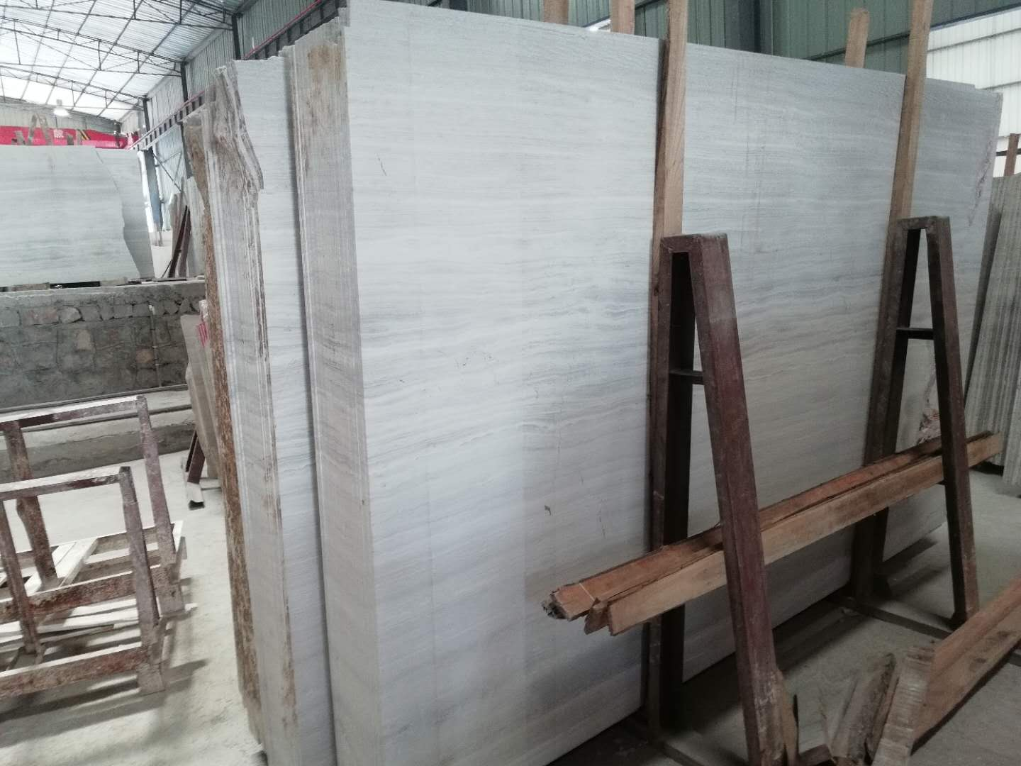 Grey Wooden Grain Marble q