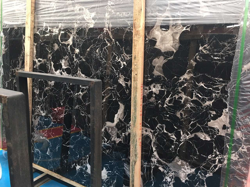 China Black and Gold Marble Slab