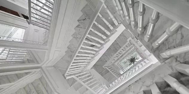 Snowflake White Marble stair step tiles