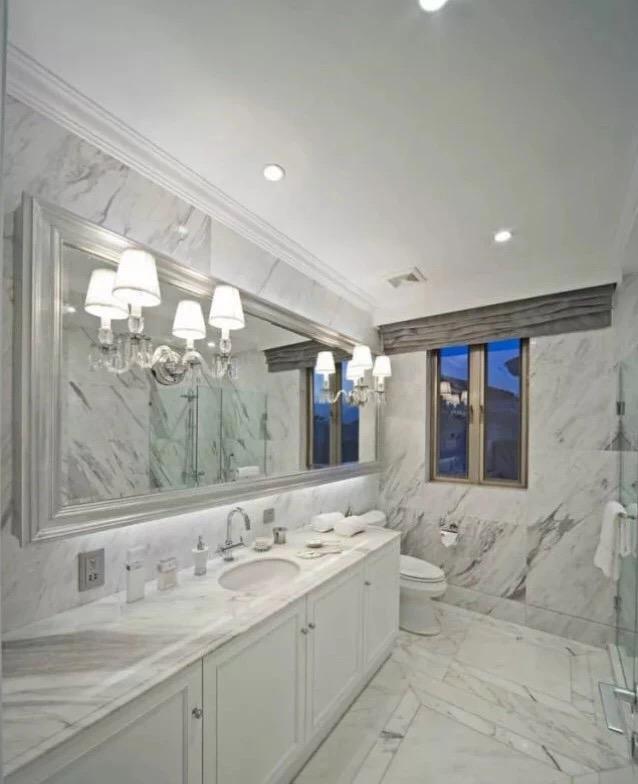 calacatta white marble vanity tops