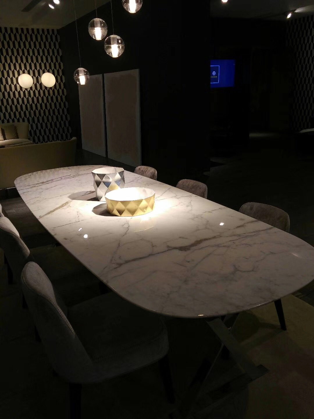 Cal White Marble Cafe Table Tops