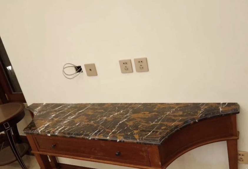 Pietra Brown Marble Table Tops Cpuntertops