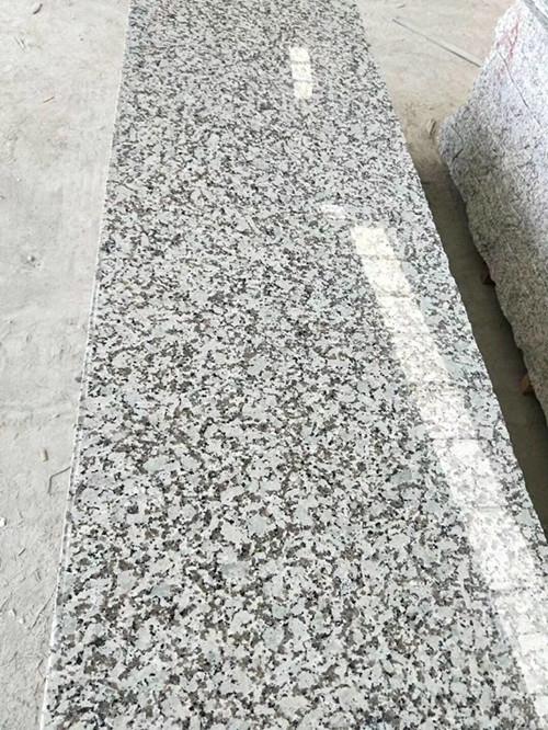 Bala White Granite Polished Granite Slabs