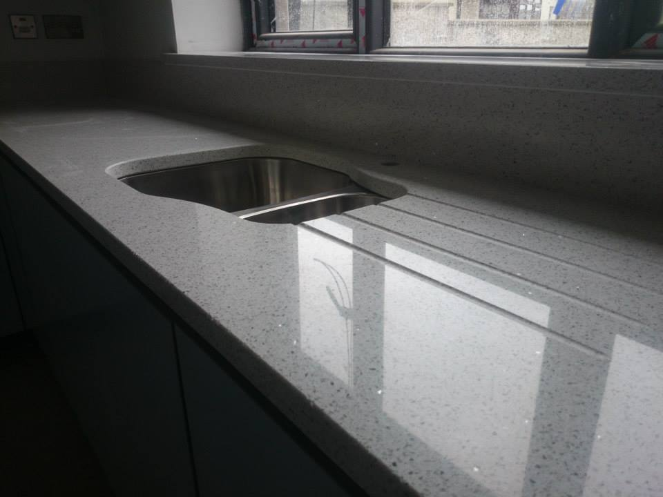 Sparkling Galaxy WHITE QUARTZ for worktops