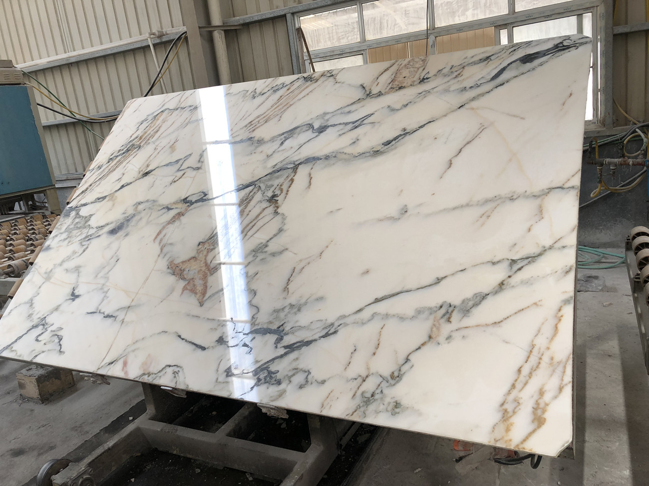 Asian Calacatta gold marble slabs