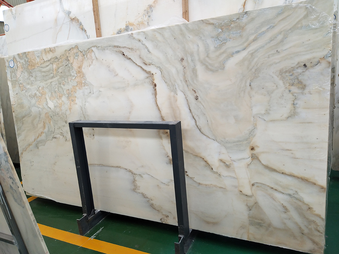 Landscape stone slabs large quantity available and special price