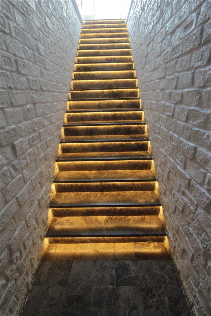 Dark Emperador Stairs