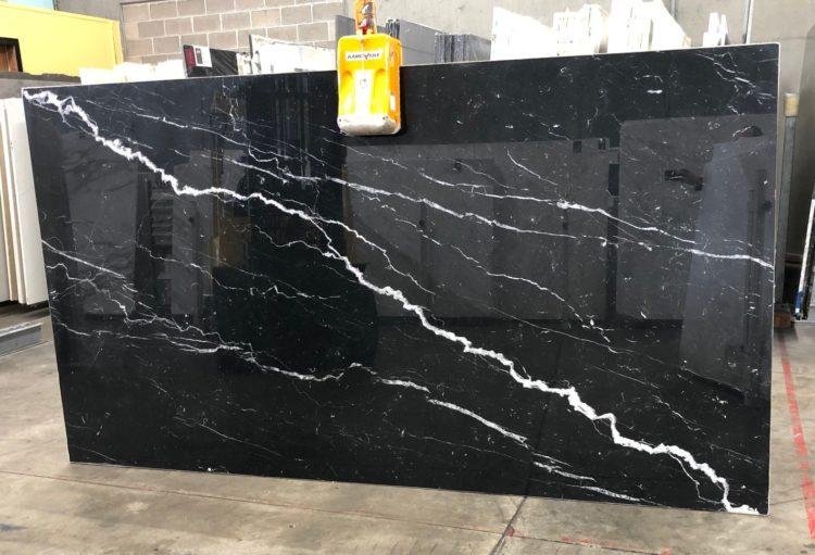 nero marquina black stone and atifact it