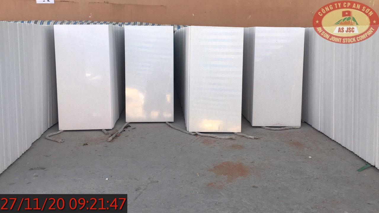 Viet Nam Crystal White Marble Polished 40x80x3 cm