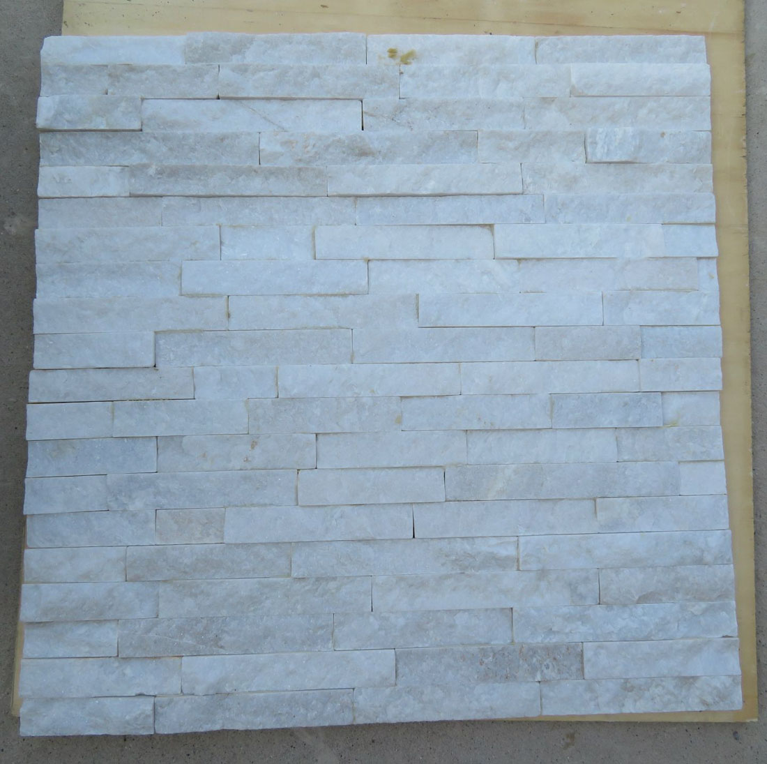Exterior  Interior Wall Decoration White Natural Quartz Slate Wall Cladding