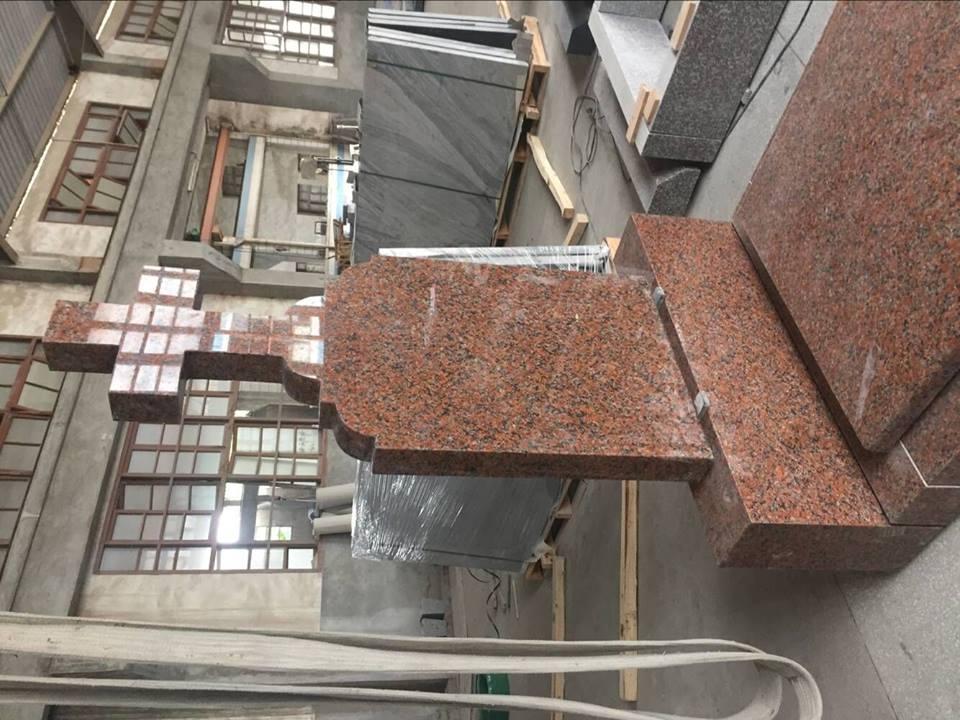Maple red granite monument