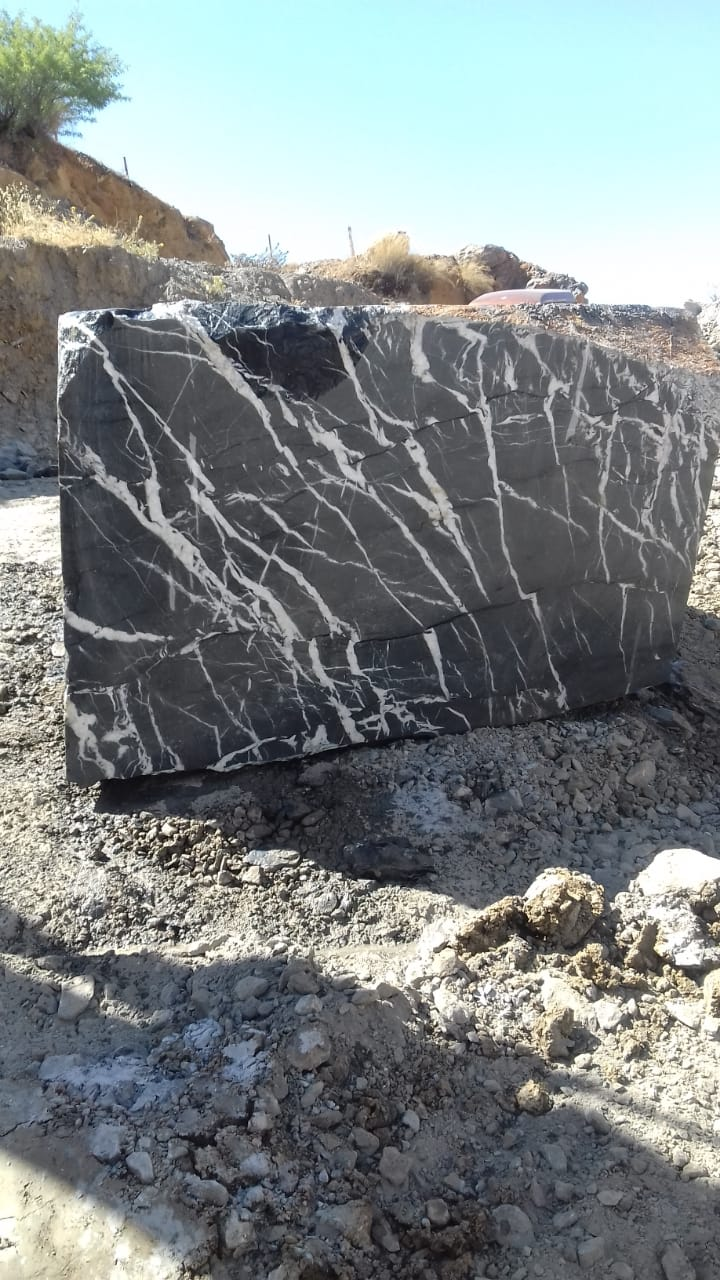 Black Marquina Marble Natural Blocks