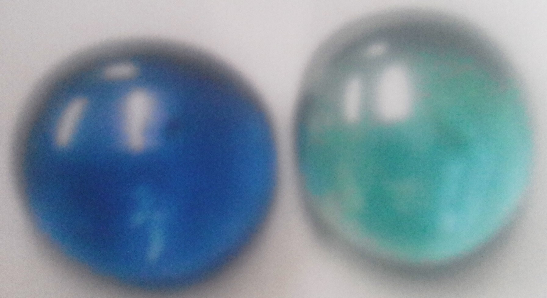 Quartz clear blueish glass