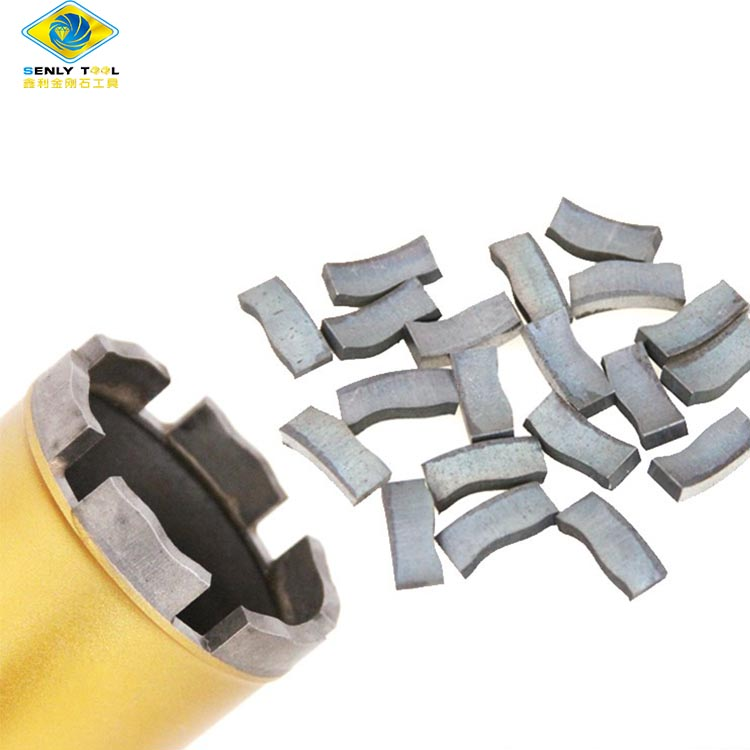 Diamond cutting segment for core drill bits