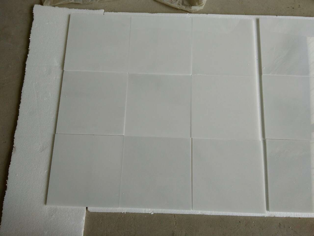 High Quality Chinese Natural Stone Polished Tiles