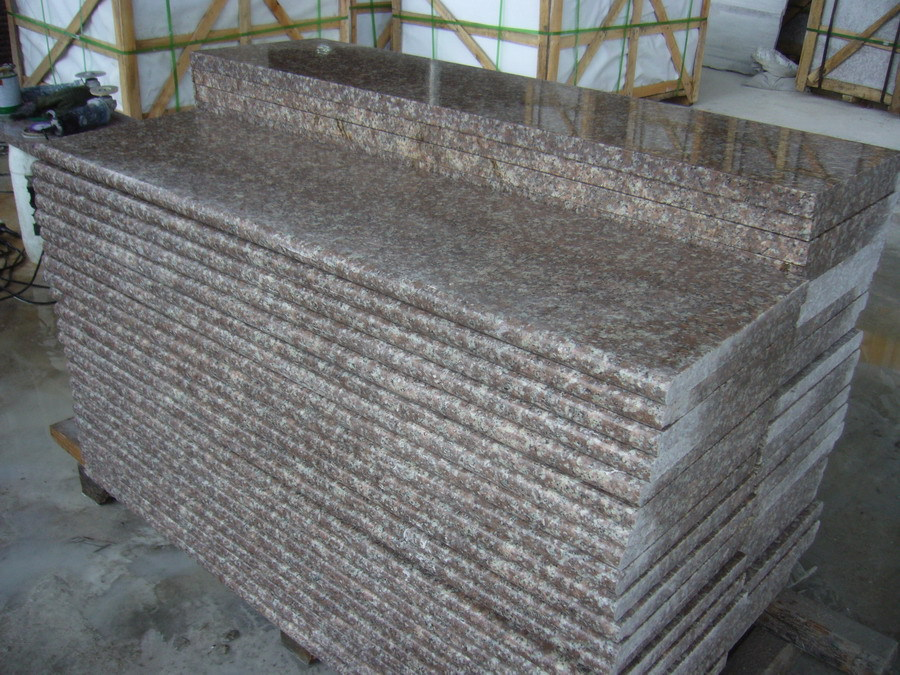 Chinese Unique G687 Granite Slabs Cheaper Price