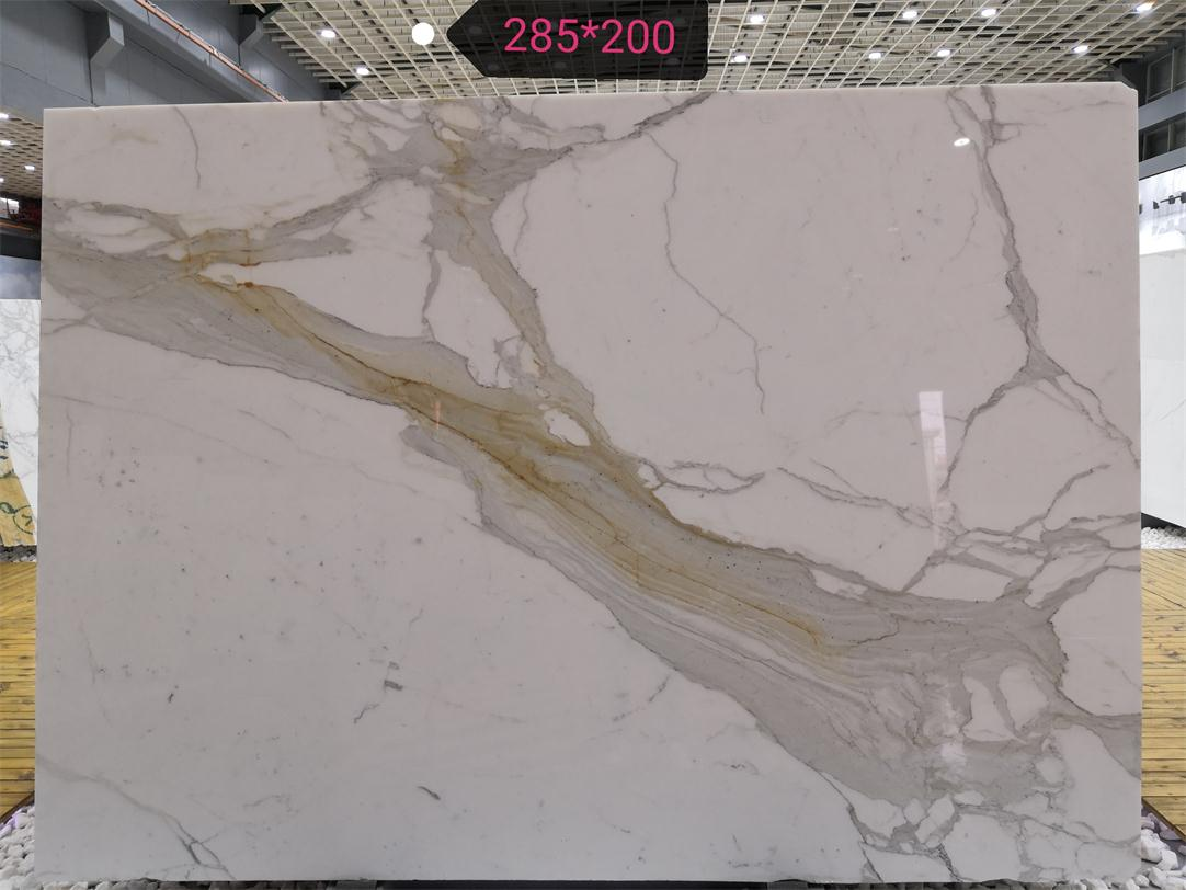 Hight Quality Polished Calacatta White Marble Slabs
