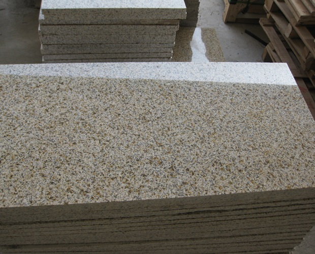 Polished G682 Granite Tiles for Flooring and Paving