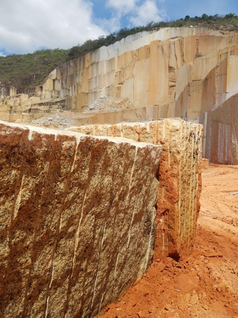 Ouro Brasil Granite Block