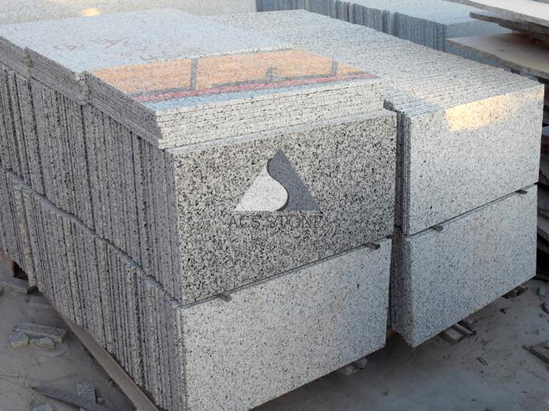 Luna Pearl Grey Granite Tile