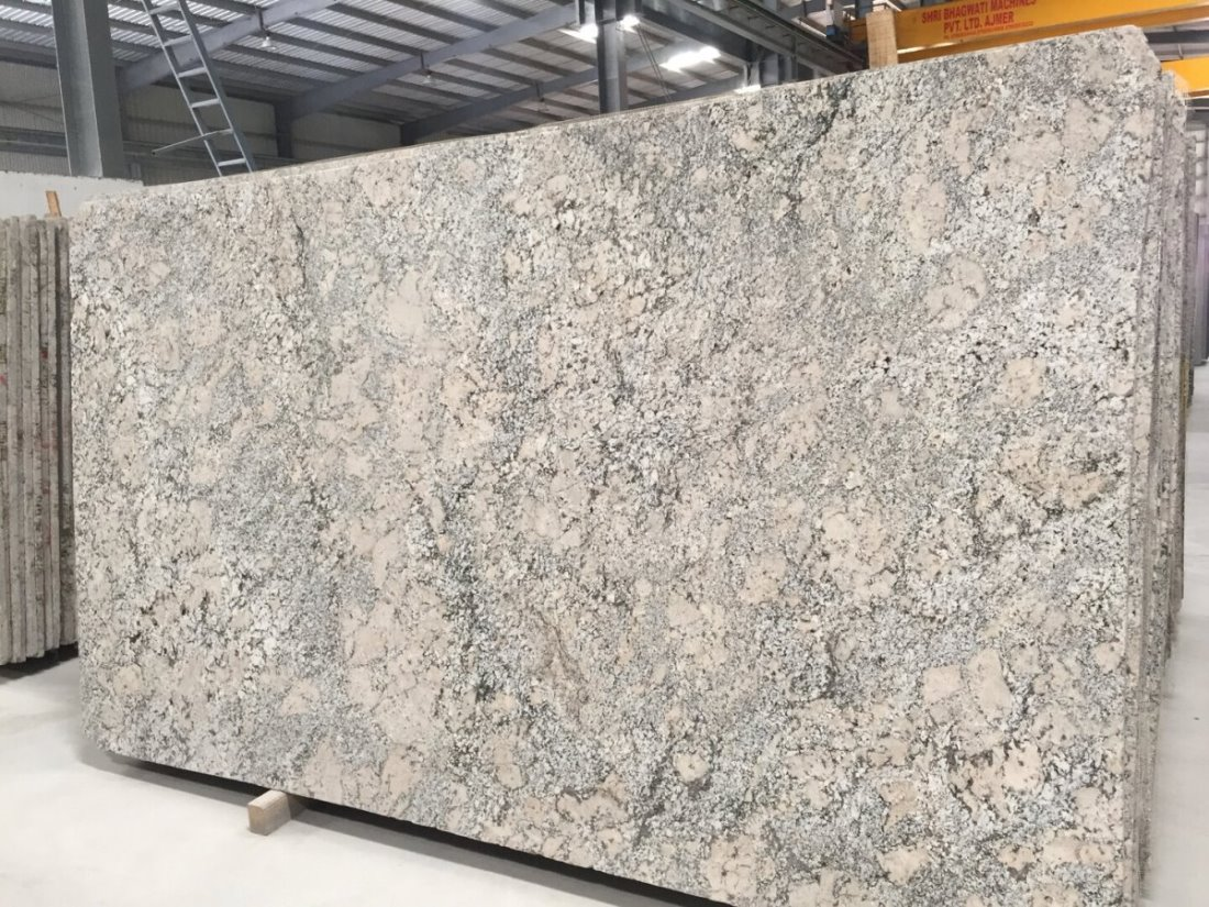 Alaska White Granite Polished White Granite Slabs