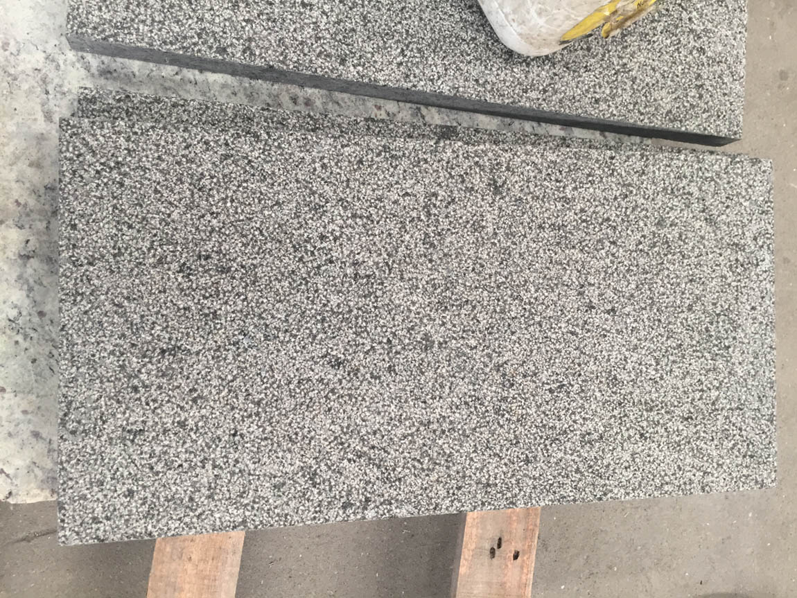 Competitive Angola Black Granite Flooring Tiles