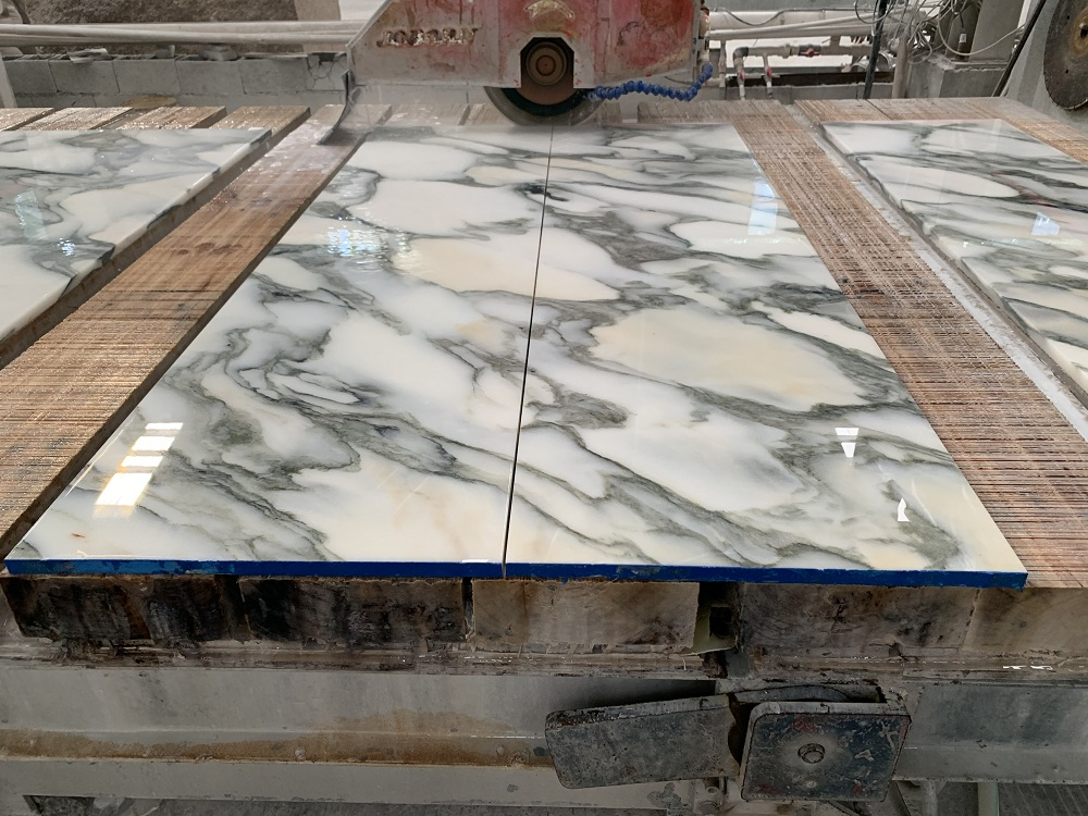 Arabescato white slab