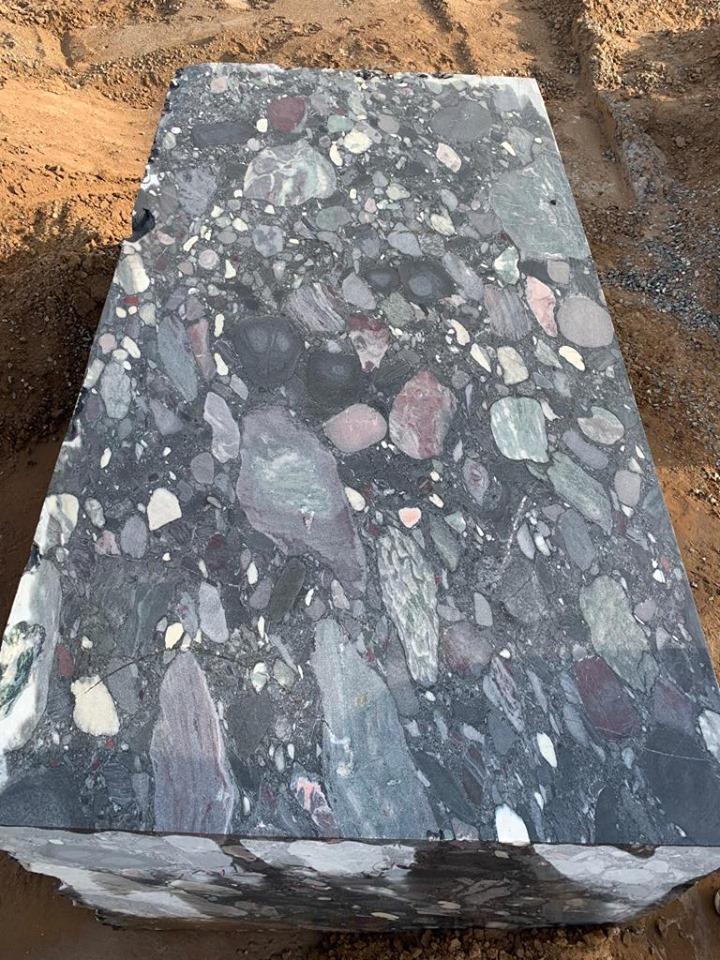 Black Marinace Natural Granite Blocks