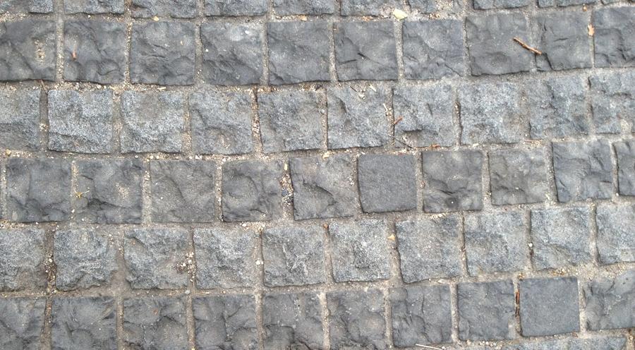 Bali Grey Basalt Cobblestone