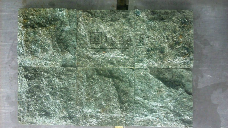 Sukabumi Stone Rough Face Pedra Hijau Bruta