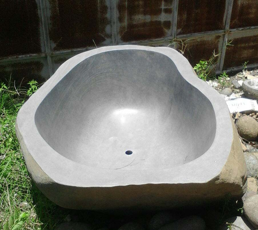 Indonesia Riverstone Oval Slate Bathtub Bathroom
