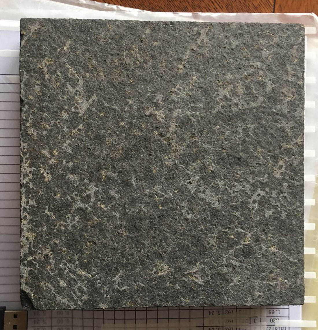 Cheap Black Granite Flamed Tiles