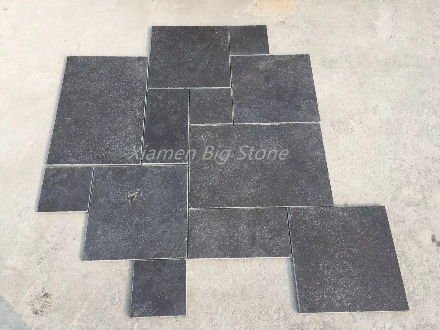 Bluestone Limestone Paving Tiles