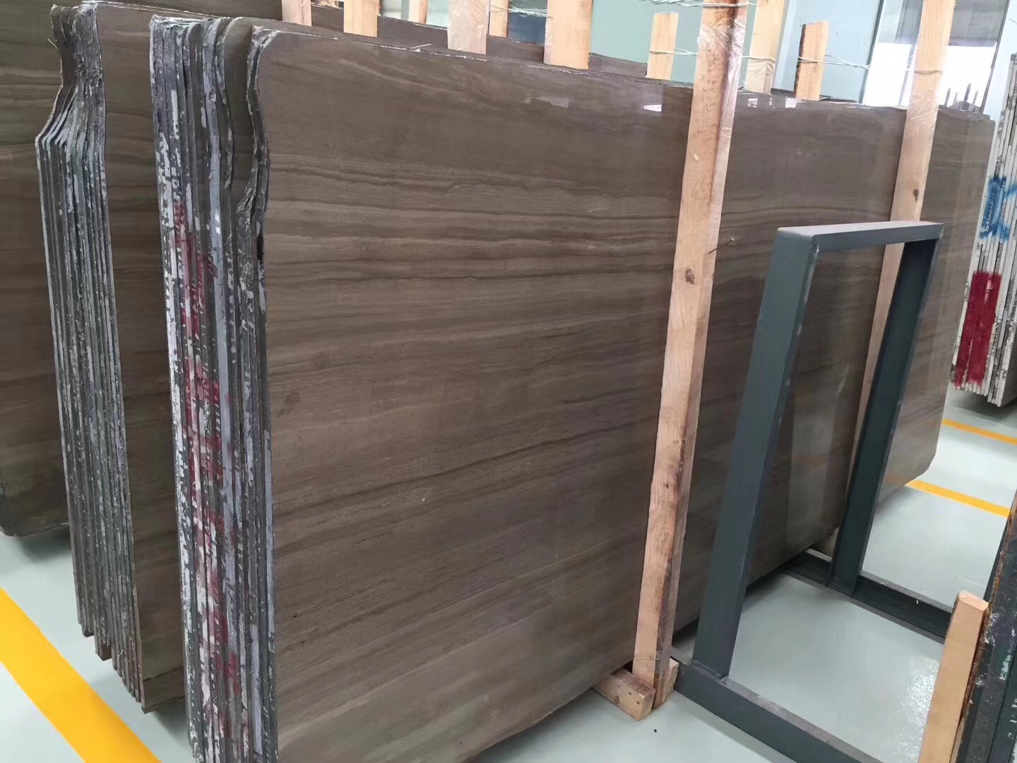 China Brown Wood Vein Marble slab