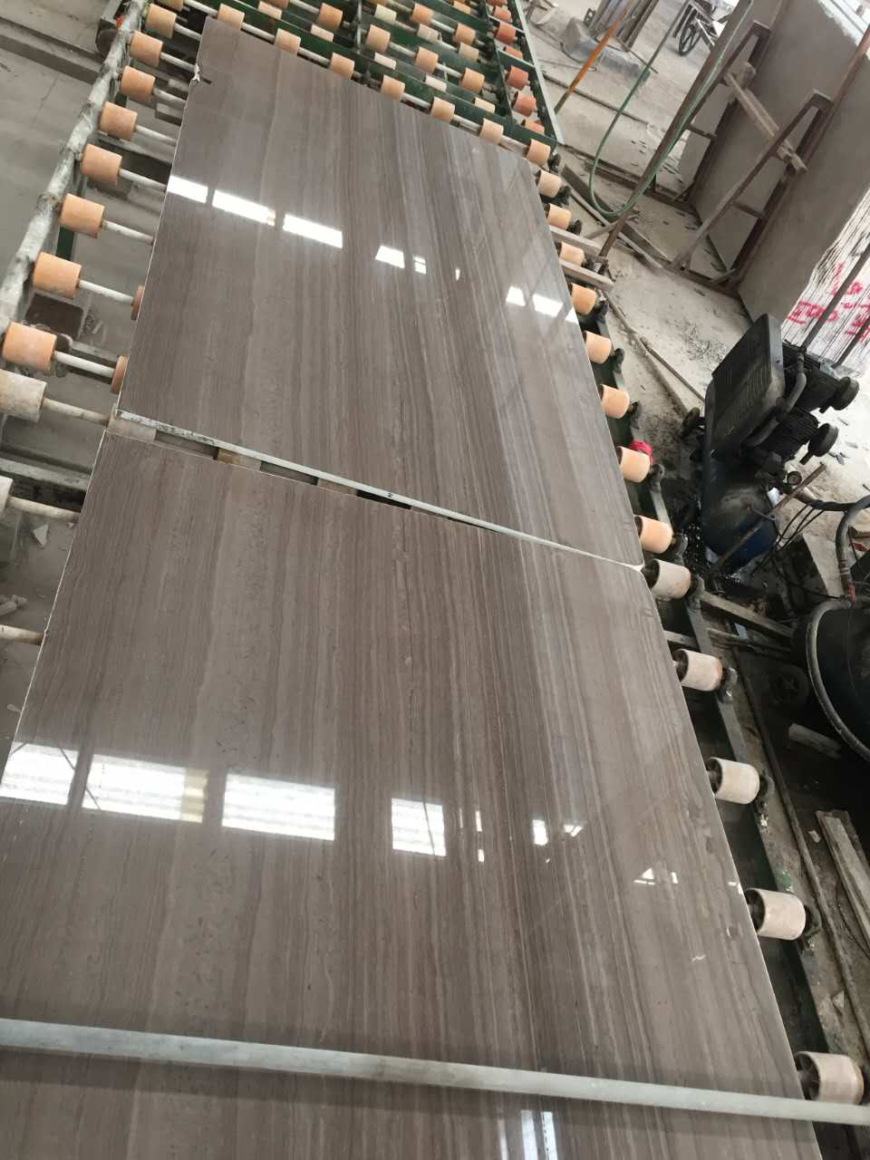 Cafe serpeggiante slab Chinese marble