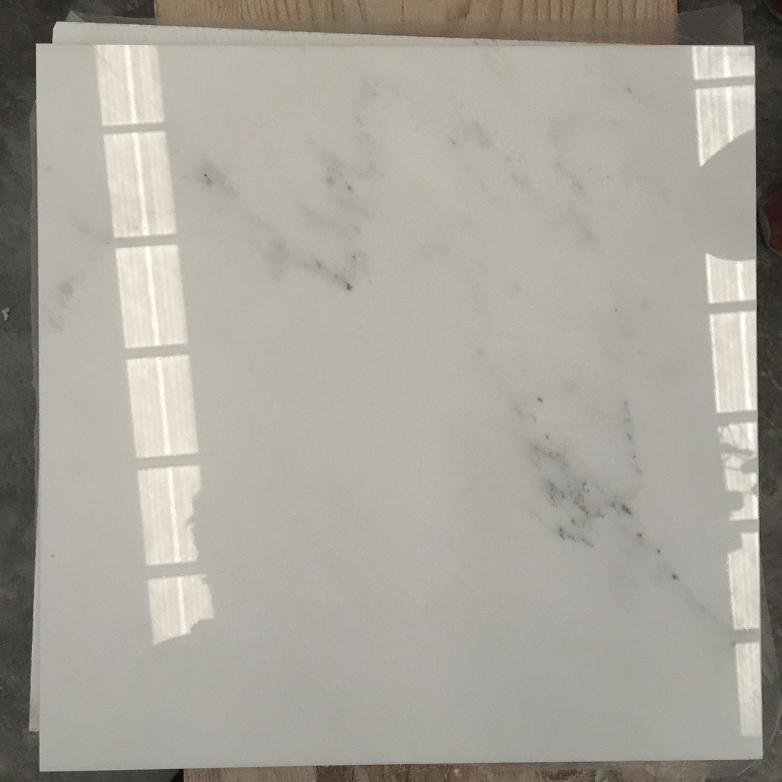 Bianco statuario white marble tiles