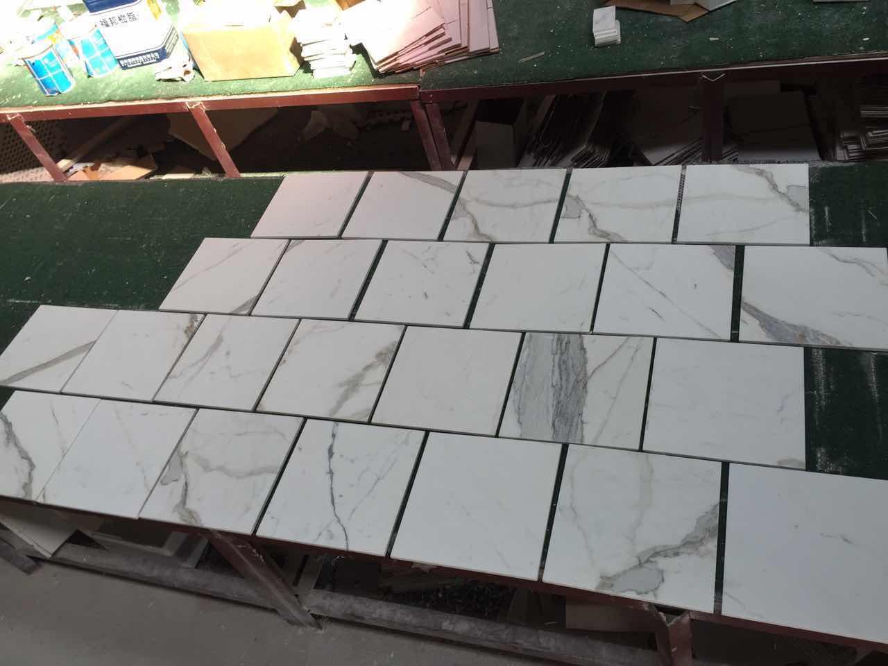 Italian white marble tiles Calacatta