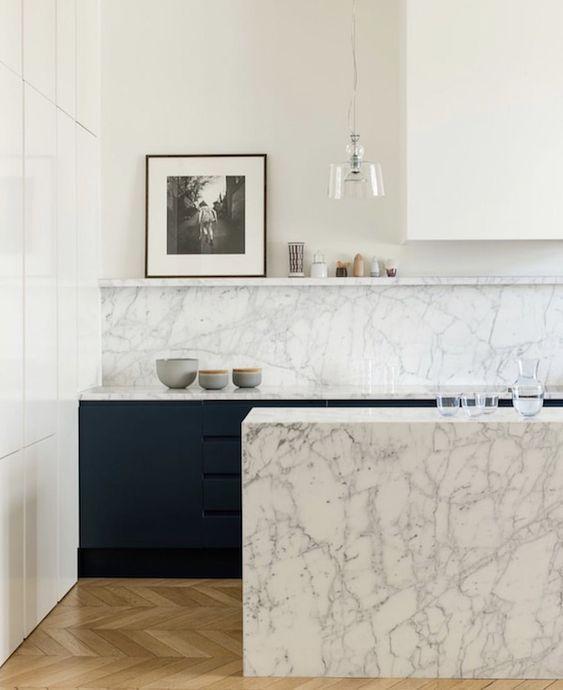 Marmo Carrara Bianca Marble Countertops