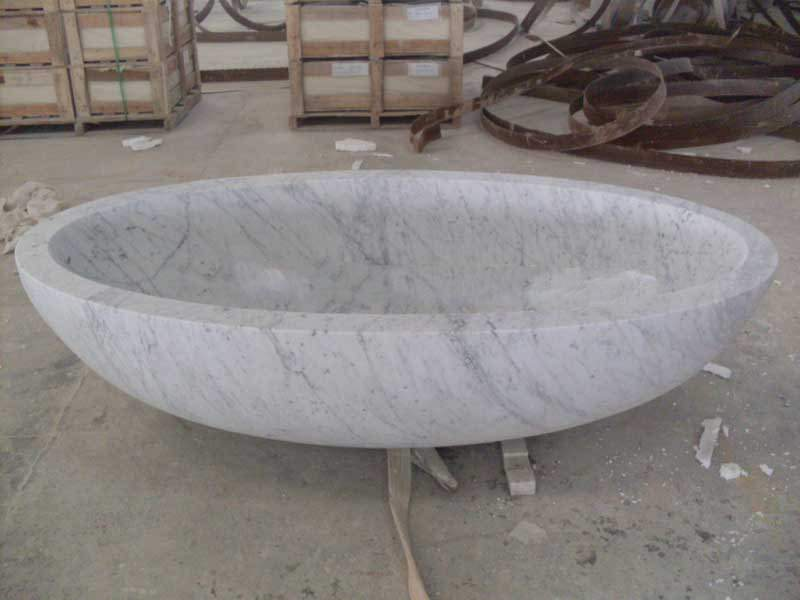 Carrara white bathtub