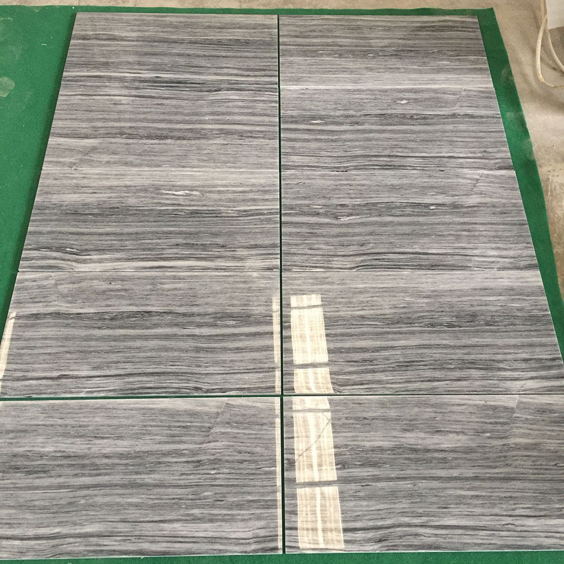 China Wood Grey Black Marble Tiles 305 610 10mm