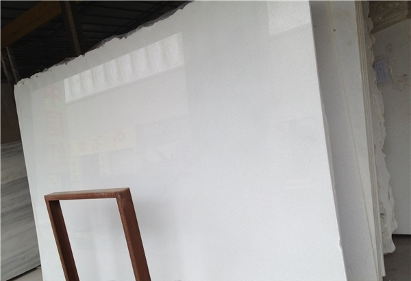 Chinese Crystal Pure White M4405 Marble Slabs