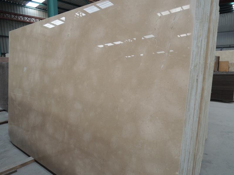 Cloudy Cream marble