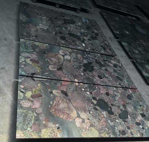 China Multi-color Granite Color Pearl Polished Tile & Slab