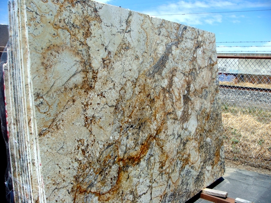 Netuno Bourdeaux Granite Slab
