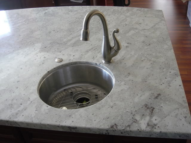 Polished Andromedia White granite
