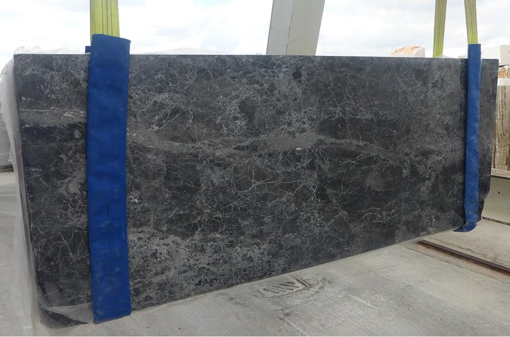 EMPERATOR BLACK Marble Slabs